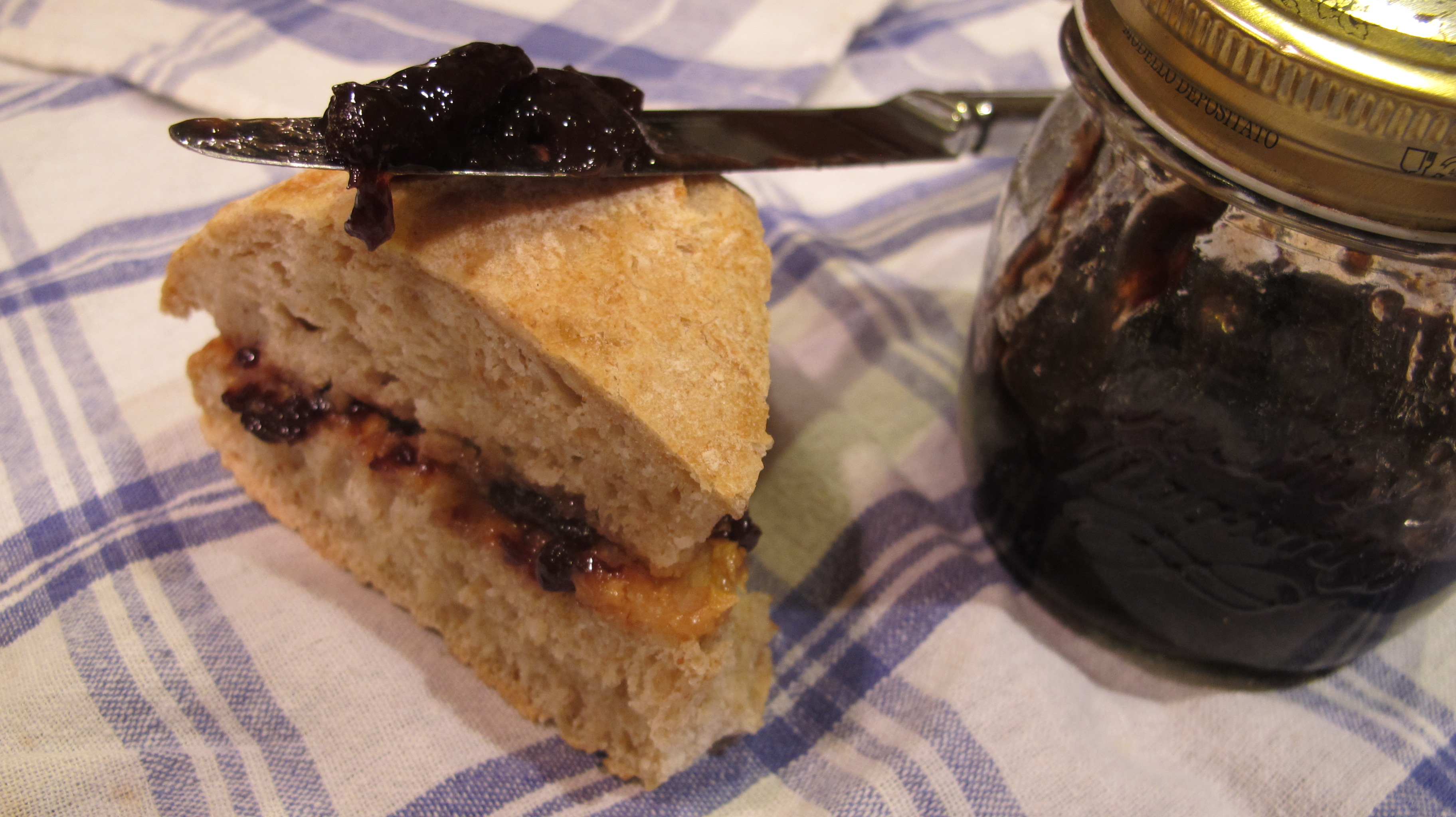 PB & J anyone? It's an american classic with an italian twist!