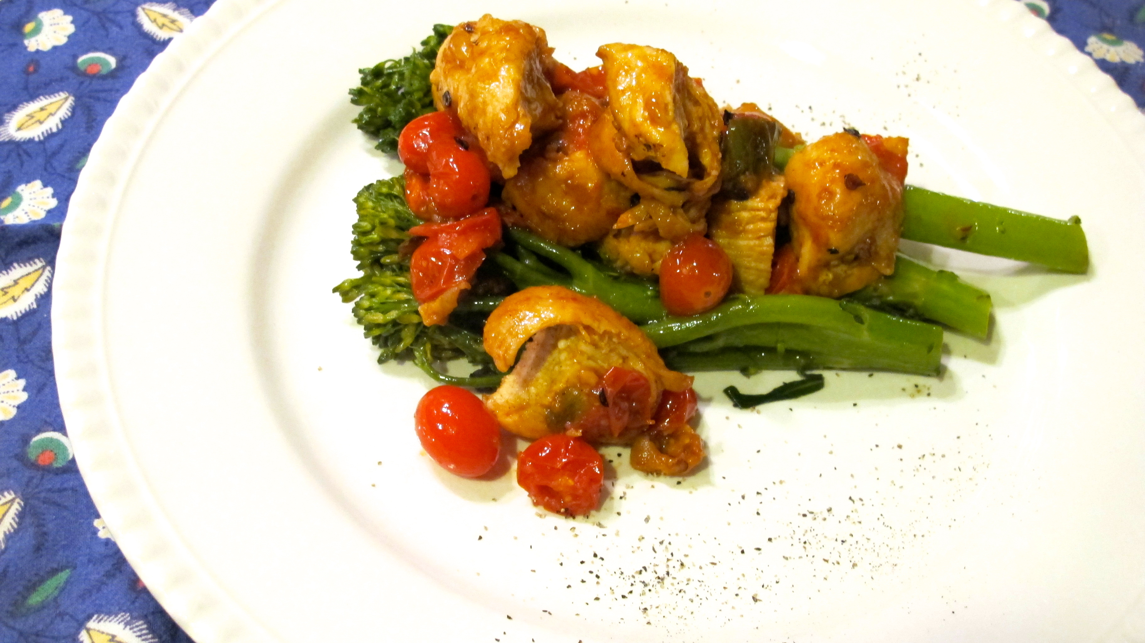 Simple Pan Chicken in White Wine and Cherry Tomato