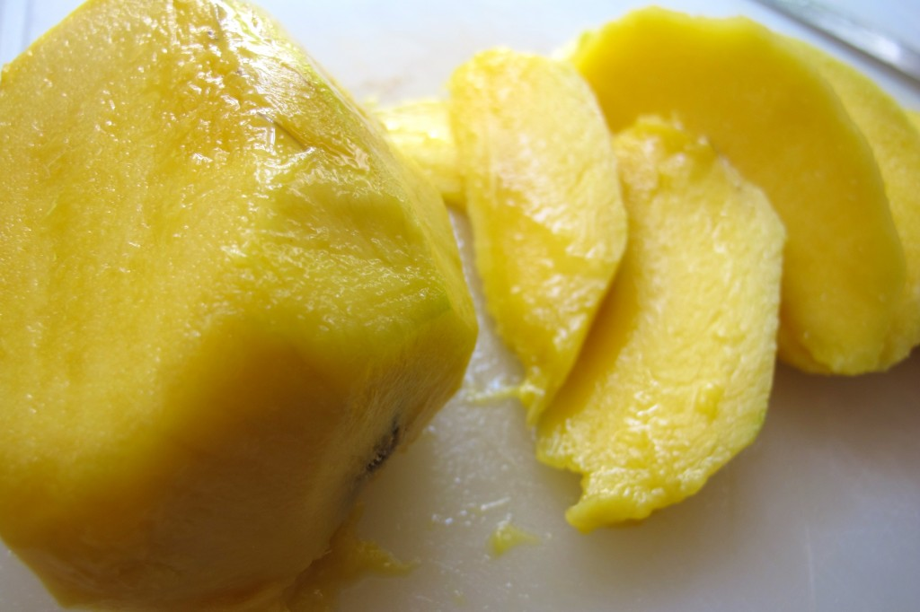 Slice the mango.