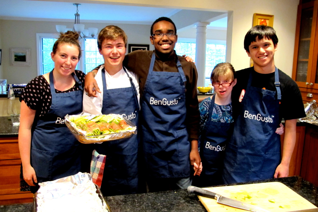 Aly, CJ, Halle, Lorenzo, and I pose with our side dish of asparagus and fennel wrapped in prosciutto and roasted.